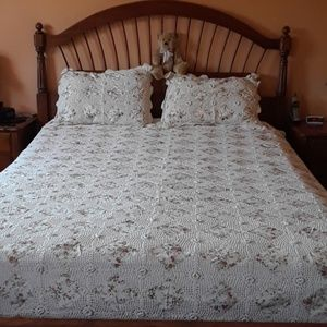 Other - Lace bedspread with matching bedskirt